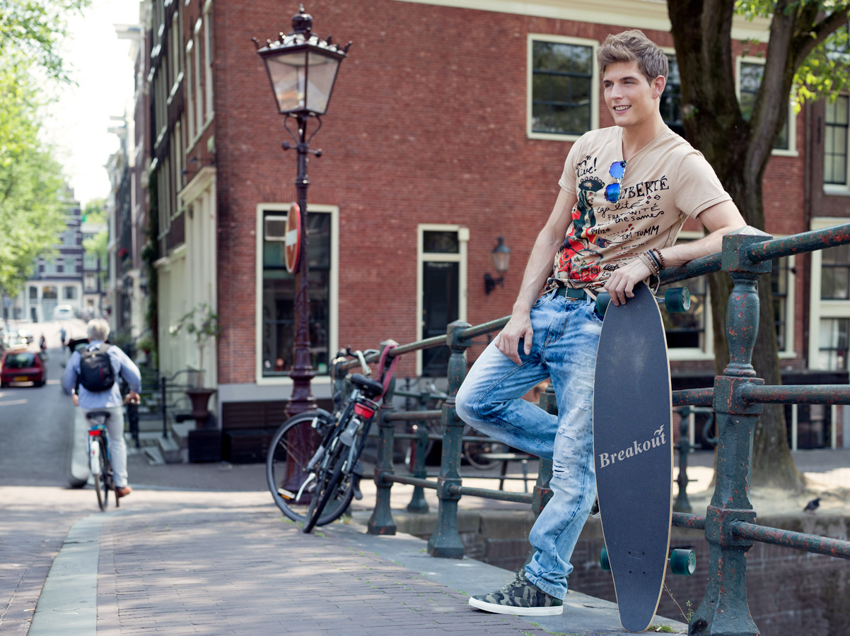 Breakout Pakistan fashion brand website billboards photo shoot Amsterdam 2015