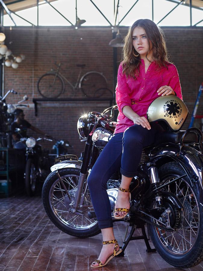 Breakout Pakistan fashion brand website billboards spring summer 2015