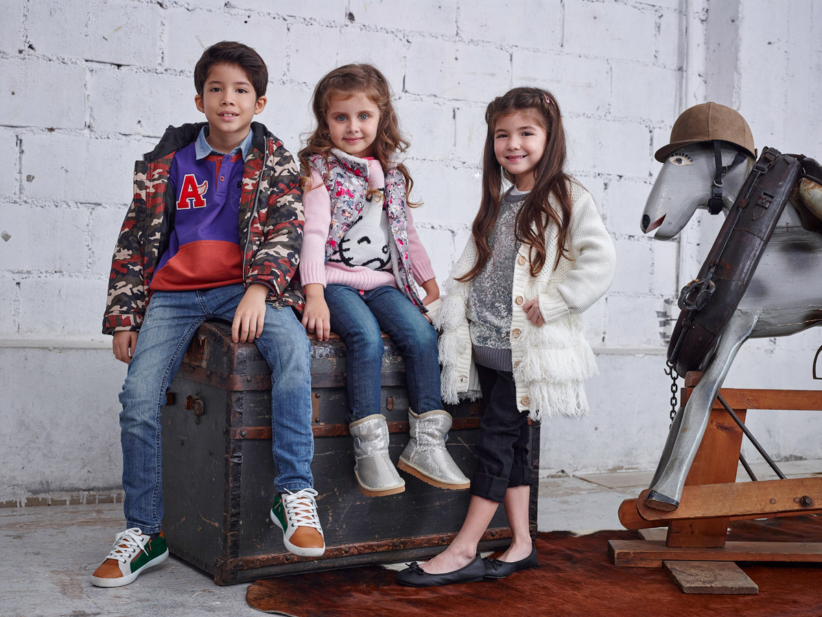 Kids Breakout Pakistan fashion brand website billboards photo shoot Bangkok Studio 2015 children clothing