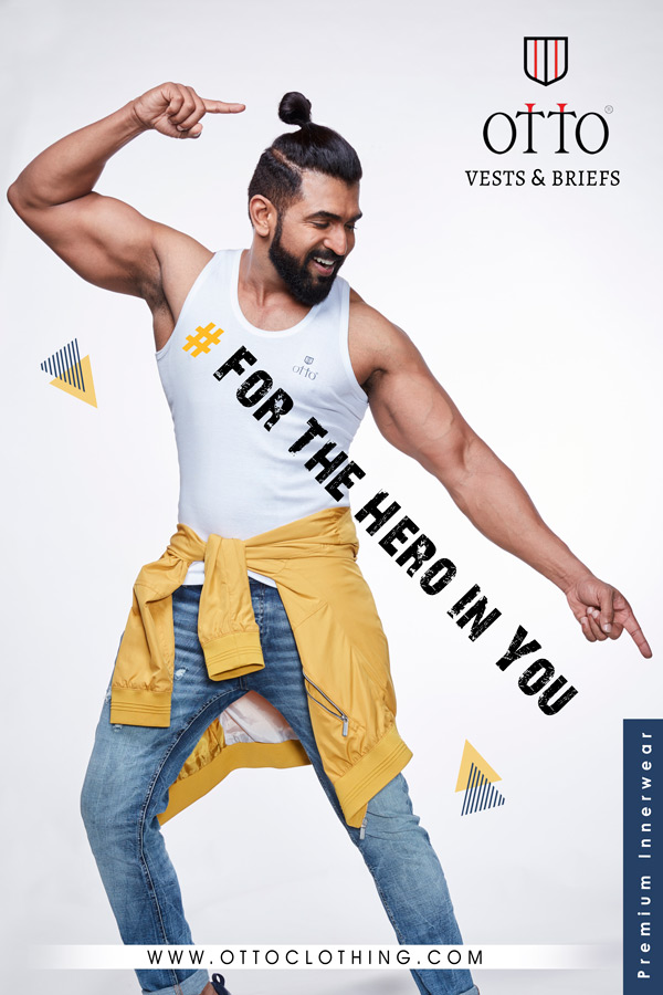 Otto Clothing India advertising website billboards