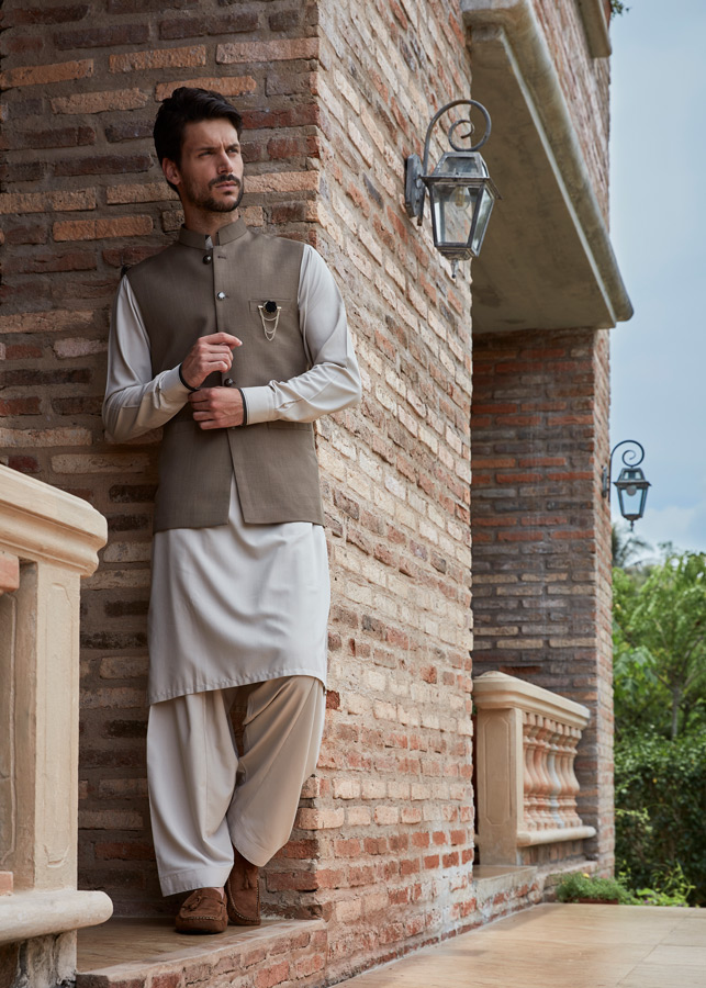 Royal Tag Pakistan Spring Summer 2017 catalog Fashion Catalog Bangkok Thailand